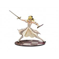 Fate. Аниме фигурка персонажа Saber в белом платье с мечем